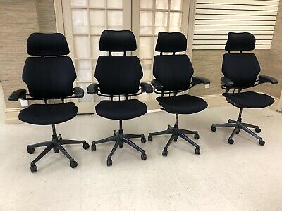 Humanscale Freedom Task Chair with Headrest; Black; Standard Arms