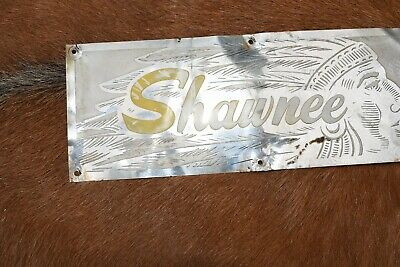 VINTAGE  1950s  COLLECTABLE SHAWNEE INDIAN .