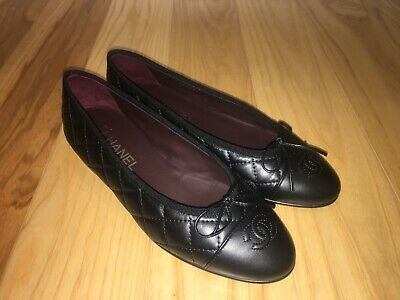 c72311e5106 Chanel Black Classic Quilted Ballet Flats Size 38 NIB