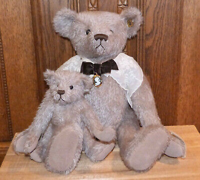 Knickerbocker Mohair Bears - Granny Gertrude and Thomas