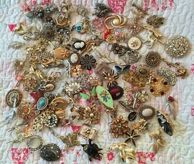Large Job Lot Mostly Vintage Brooches Lace Pin Scarf Clip Spares Repair Harvest