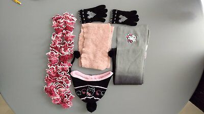 LOT ÉCHARPES BONNET gants - HELLO Kitty - Tricoté main - 6   8  10 ... ebb84d4171e