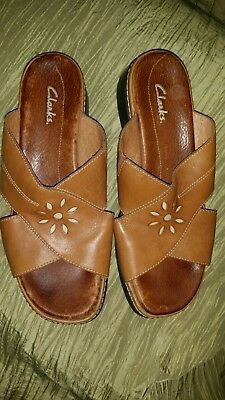 6426ad31d28 Clarks Brown Leather Slides Slip On Womens Sandals Open Toe Womens 8.5W