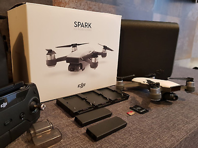 DJI Spark Drone Fly More Combo in Alpine White. Extremely low flight time. VGC
