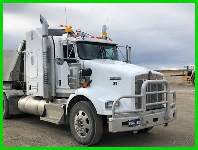 2015 Kenworth T800 560HP Cummins 6 Cylinder Diesel 18-Speed Manual w/Overdrive