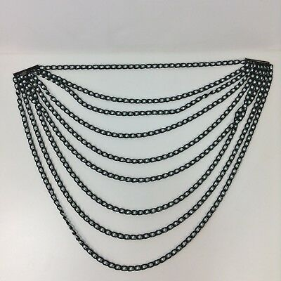 Appartement A Louer multi strand necklace