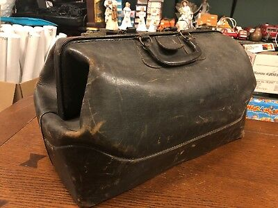 ANTIQUE BLACK LEATHER LARGE MEDICAL DOCTOR BAG. Very Good Condition. Fast Ship!