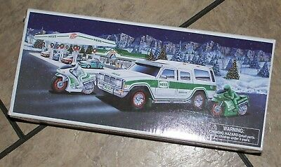 2004 HESS Sport Utility Vehicle and Motorcycles  40th Anniversary  MINT IN BOX ""