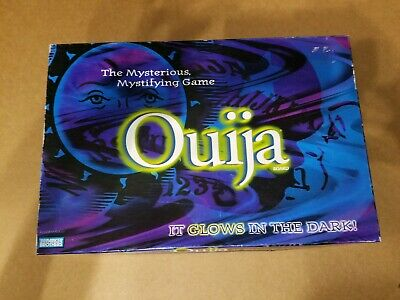 Ouija Board Game, Glow In The Dark, Parker Brothers, 2001
