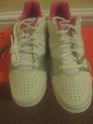 Nike City Court 7 Ladies Trainers - New and Boxed - 5.5 UK - White/Pink/Silver