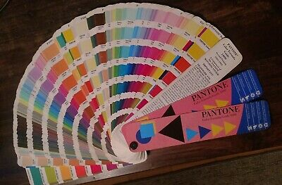 Pantone Farbfächer Color Formular Guide 1000 / coated - uncoated