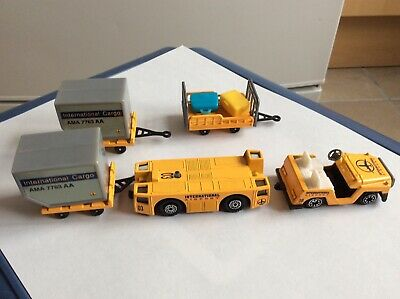 Welly International Airport Support Vehicles Diecast with Plastic Parts.