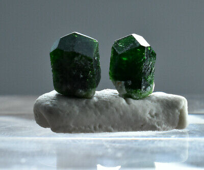 3.70 CT full&well terminated dark green Garnet crystals from Afghanistan