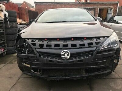 Vauxhall Astra Gtc Blk  Limited Edition S/s 2015 Damaged Repairable Salvage