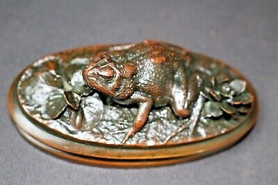 BEST 19th CENTURY REALISTIC ANIMALIER FROG BRONZE PAPERWEIGHT SIGNED SP or PS