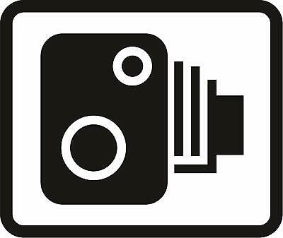 Area in which cameras are used to enforce traffic regulations Road safety sign