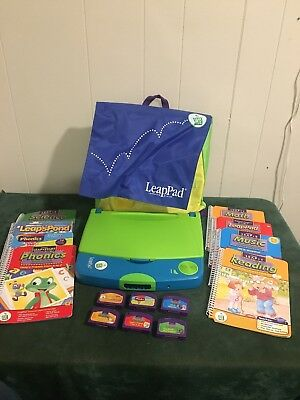 LeapFrog LeapPad Learning System Unit Green Blue  - 30004 8-Books/ 6-games Tote