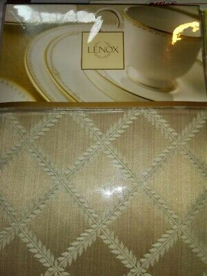 e59636e0558 LENOX LAUREL LEAF tablecloth 70