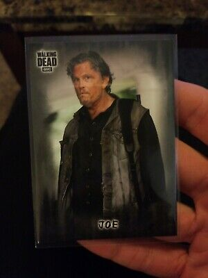 Topps Walking Dead Hunters And The Hunted Joe Black Sp Parallel #2/5