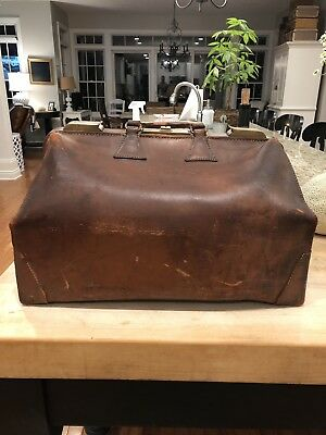 Antique Vintage 1920's Doctor Medical Cowhide Leather Travel Bag MD Brass Hinges