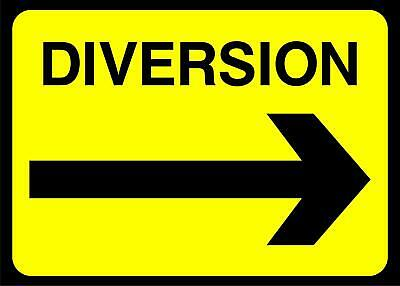 Diversion arrow right Road safety sign