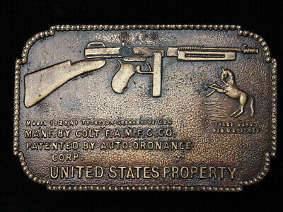 PG21147 VINTAGE 1970s **MODEL 1928A1 THOMPSON SUBMACHINE GUN** MILITARY BUCKLE