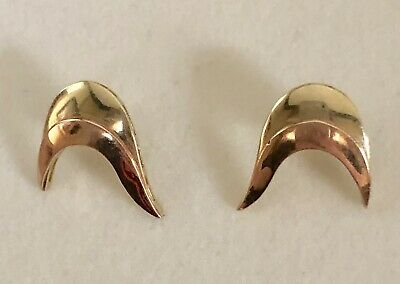 Lovely Vintage Solid 14k Yellow And Rose Gold Deep Crescent-Shaped Stud Earrings