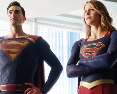 MELISSA BENOIST TYLER HOECHLIN Supergirl RARE NEW 8X10 PHOTO YLT 73