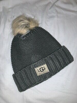 8c3fb2c01ee35 UGG Womens Winter Gray Solid Ribbed Fleece Lined Beanie Hat With Pom Pom