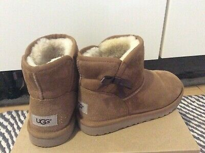 Ugg boots size uk 2 immaculate condition