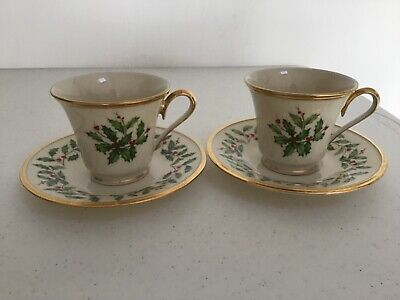 Lenox Cup & Saucer Set of 2 Dimension Holiday Holly Berry China Coffee Tea