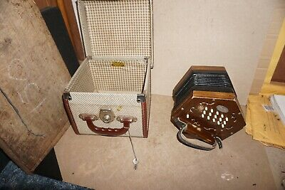 Vintage Mayfair Concertina Squeezebox In Locking Cheny Case Made In England