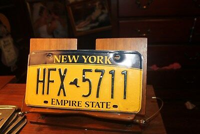 2010 New York Empire State License Plate HFX 5711