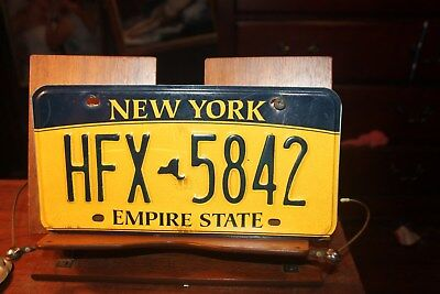 2010 New York Empire State License Plate HFX 5842