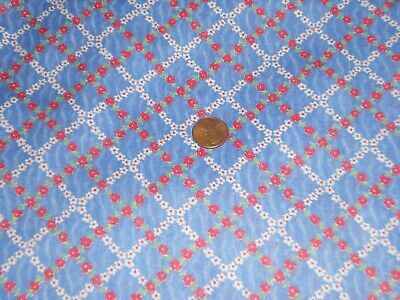 VINTAGE 40's TINY FLORAL RED ,WHITE, BLUE COTTON FABRIC UNUSED