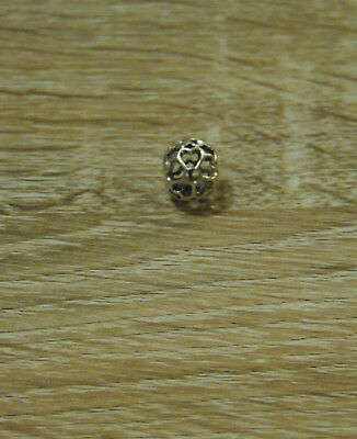 *** PANDORA *** Genuine Heart Flower Openwork Charm ***