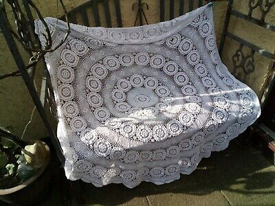 Stunning large Vintage round crochet cotton table cloth.
