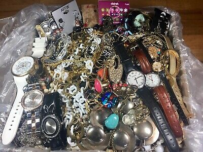 HUGE Jewelry Lot 26 Lbs Vintage & Modern, Silvertone Goldtone Beaded Wear Repair