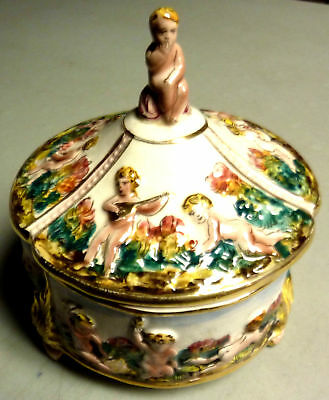 Vtg Capodimonte Covered Cherub Bowl Lidded Dish Angels Footed Centerpiece Italy