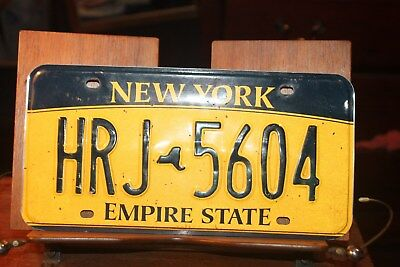 2010 New York Empire State License Plate HRJ 5604