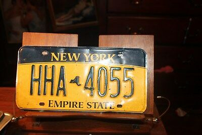 2010 New York Empire State License Plate HHA 4055 BENT