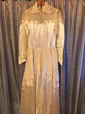 Vintage Cream Wedding Dress Lace Satiny Beautiful Estate Find Unique Bride