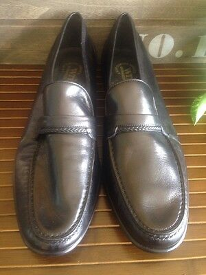 VTG E.T WRIGHT BLACK LOAFERS SIZE  9.5 Mens MADE IN ITALY