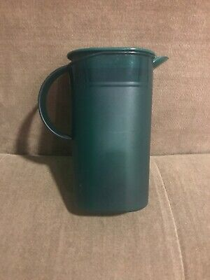 TUPPERWARE Small Mini Creamer Pitcher 500 Ml / 16 OZ HUNTER GREEN # 3535A-4