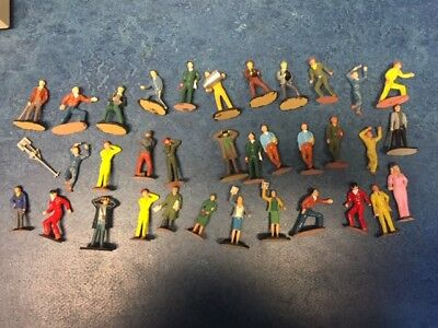 35 personnages, figures, spectators, mecanics,  1/32 Scalextric well painted