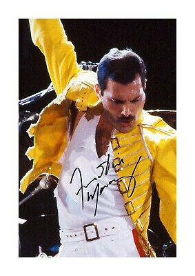 Freddie Mercury (8) A4 reproduction signature picture poster. Choice of frame.