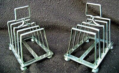 A PAIR OF ART DECO SILVER PLATED TOAST RACKS - SHEFFIELD 1920s