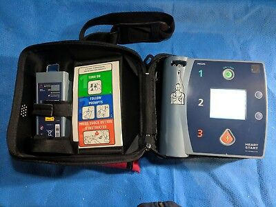 Philips HeartStart FR2+ AED w/Xtra Battery,Adult/Ped Pads,Respnse Kit (M3860A)
