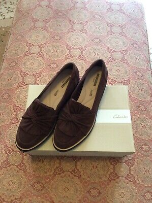aec40cd140b Clarks Ladies Suede Slip-On Loafer with Knotted Detail-Sharon Dasher Size 10