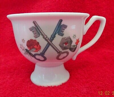 HENDRICKS GIN - TEA CUP. Bee, key, rose design With Script